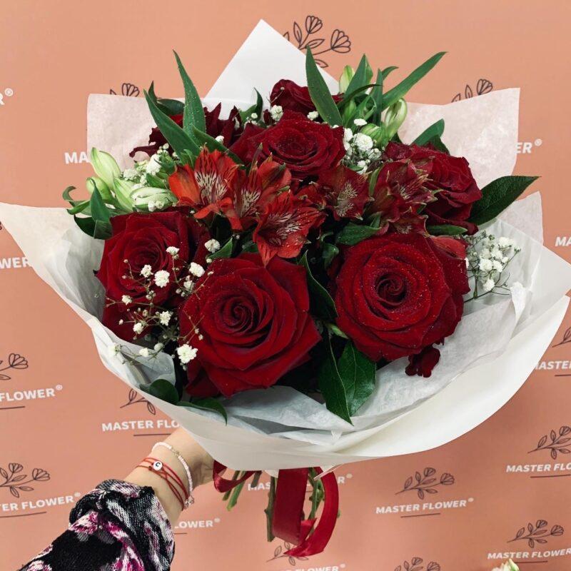 buchet de trandafiri cu livrare in Bacau