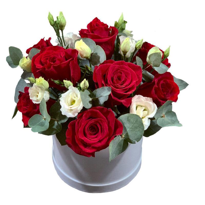 aranjament floral cu trandafiri bacau