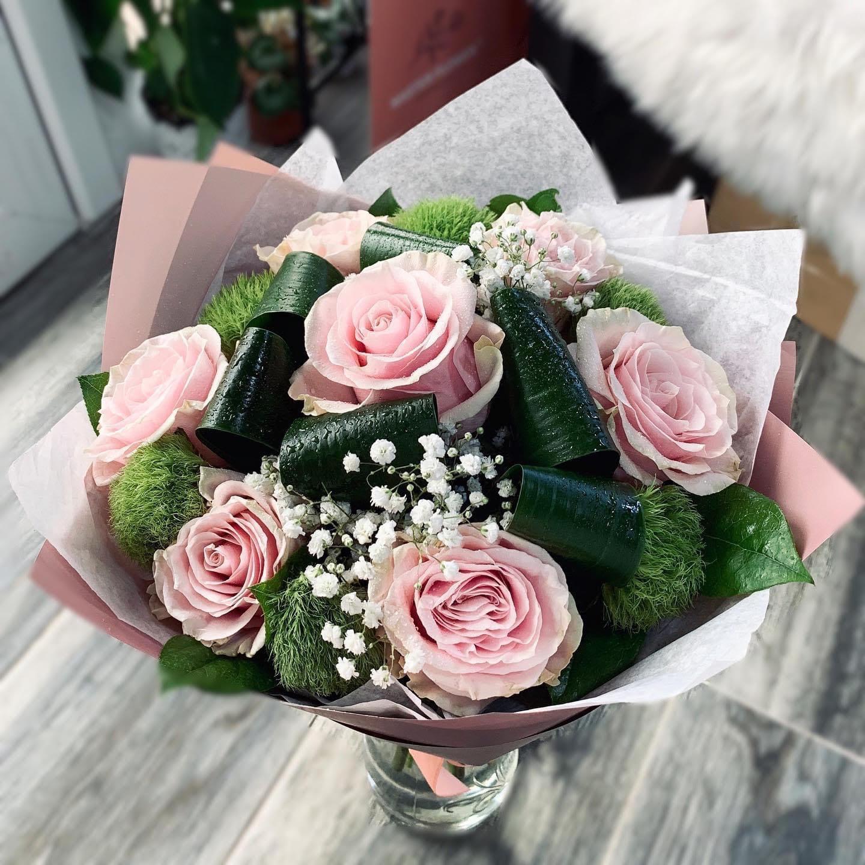 Buchet Trandafiri Roz si Dianthus