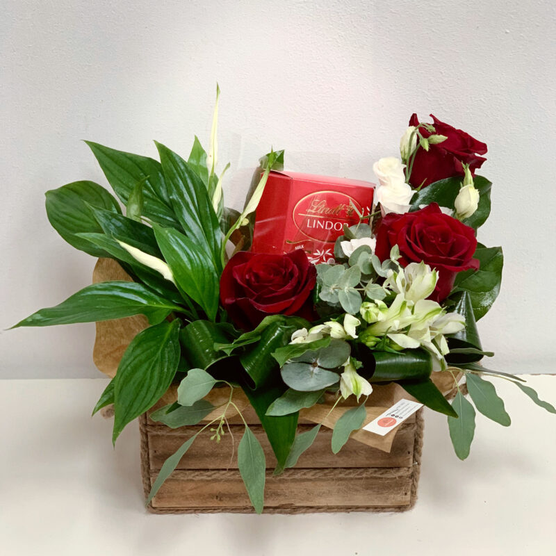 Aranjament floral mixt cadou MX01
